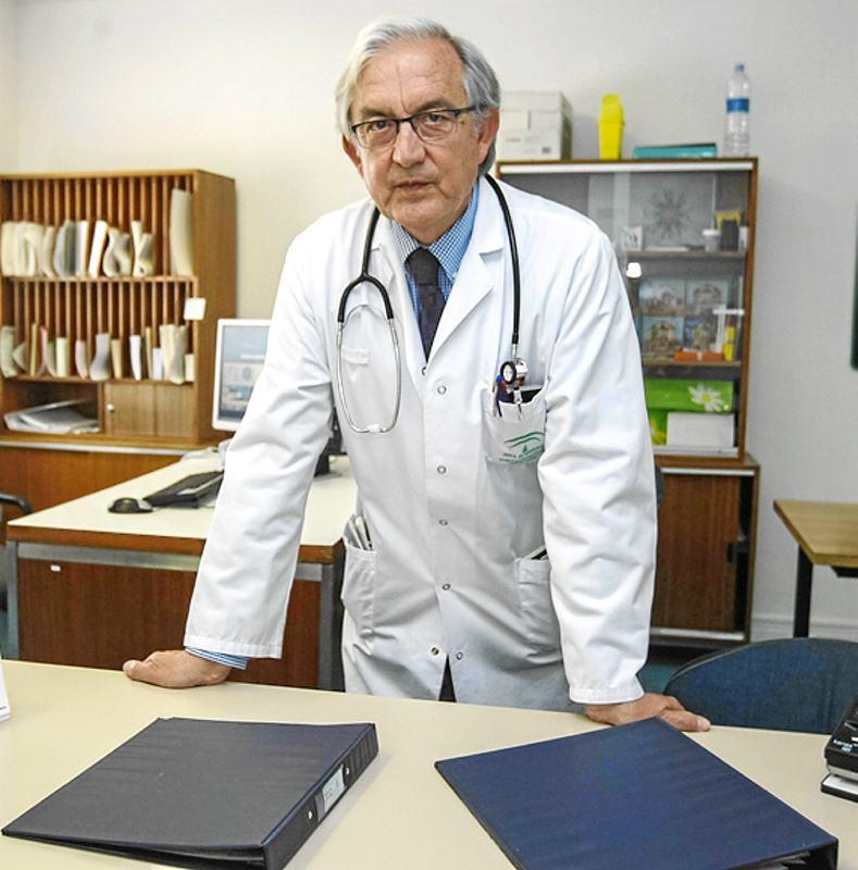 Dr. Joaquín Gómez Vázquez. - Foto:JUAN NAJAR / A.J. GONZALEZ